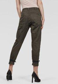 G-Star - ARMY RADAR BOYFRIEND STRAP - Trousers - gray - 1