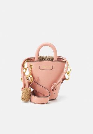 CECILIA SMALL TOTE - Handbag - fallow pink