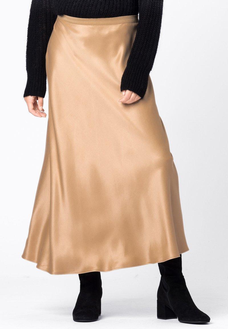 HALLHUBER - Pleated skirt - camel