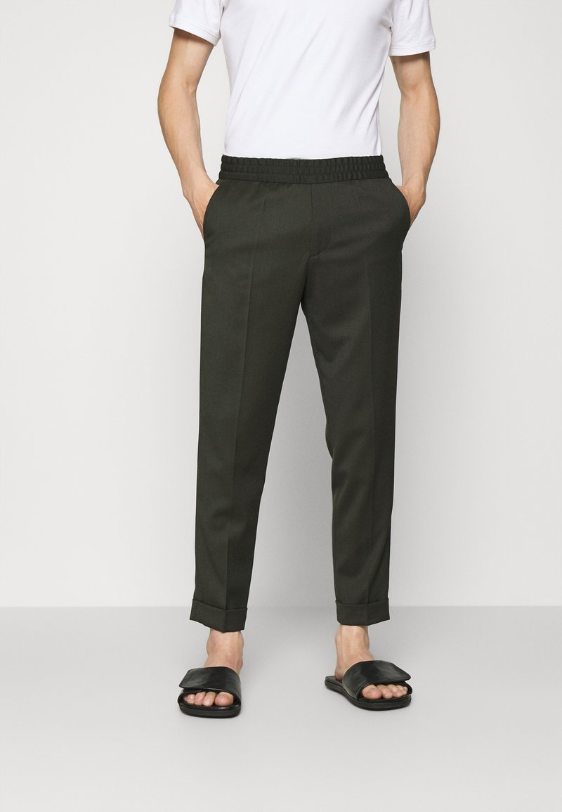 Filippa K - TERRY CROPPED TROUSER - Trousers - moss green