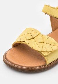 Froddo - LORE LEAVES - Riemensandalette - yellow - 5
