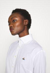 Vivienne Westwood - NEW KRALL - Košile - white - 3