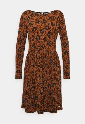 DRESS - Jersey dress - brown