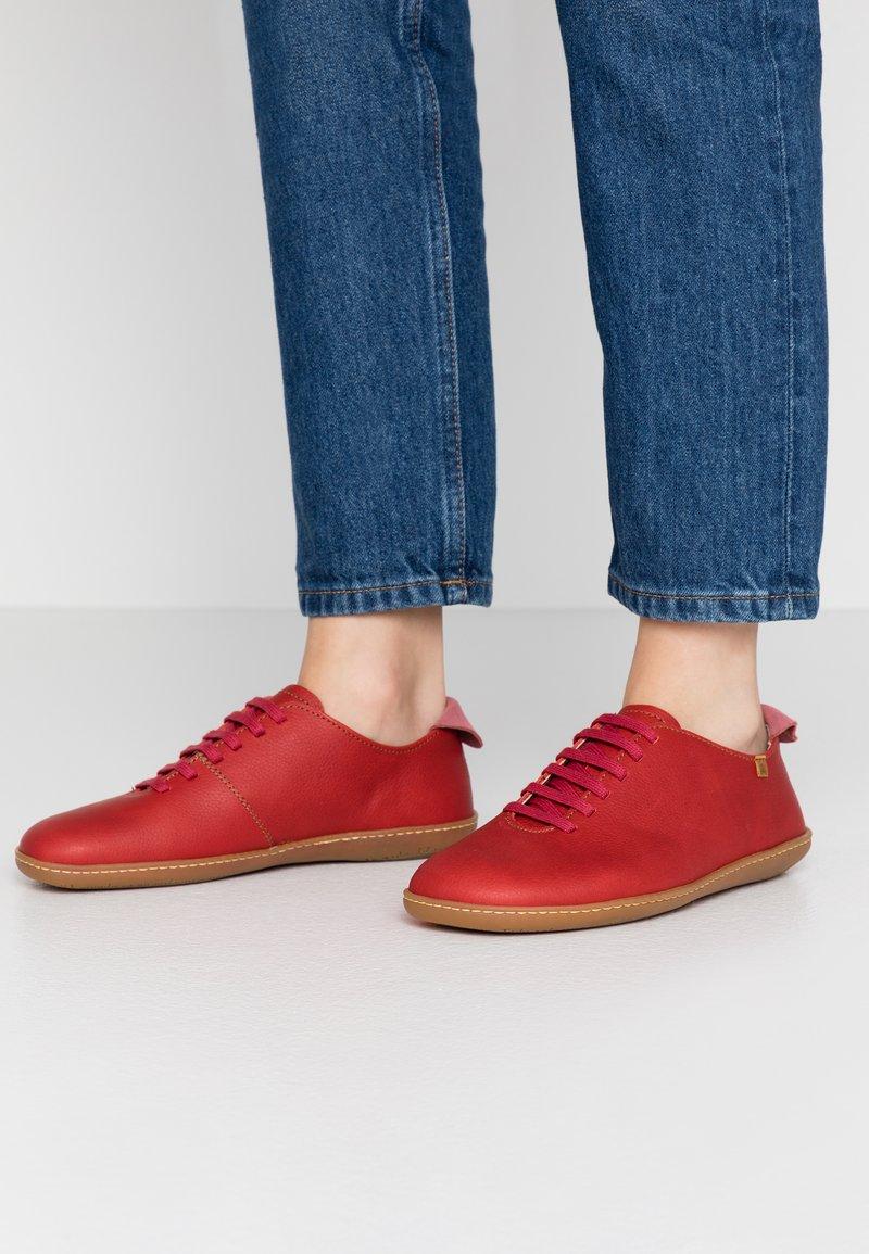 El Naturalista - EL VIAJERO - Volnočasové šněrovací boty - tibet rose