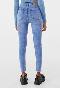 Bershka - SUPER HIGH WAIST - Jeans Skinny Fit - blue - 2