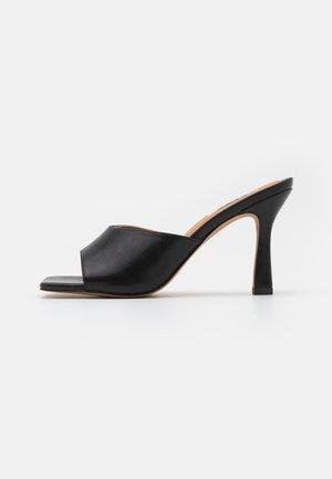 ROUNDED STRAP MULES - Sandaler - black