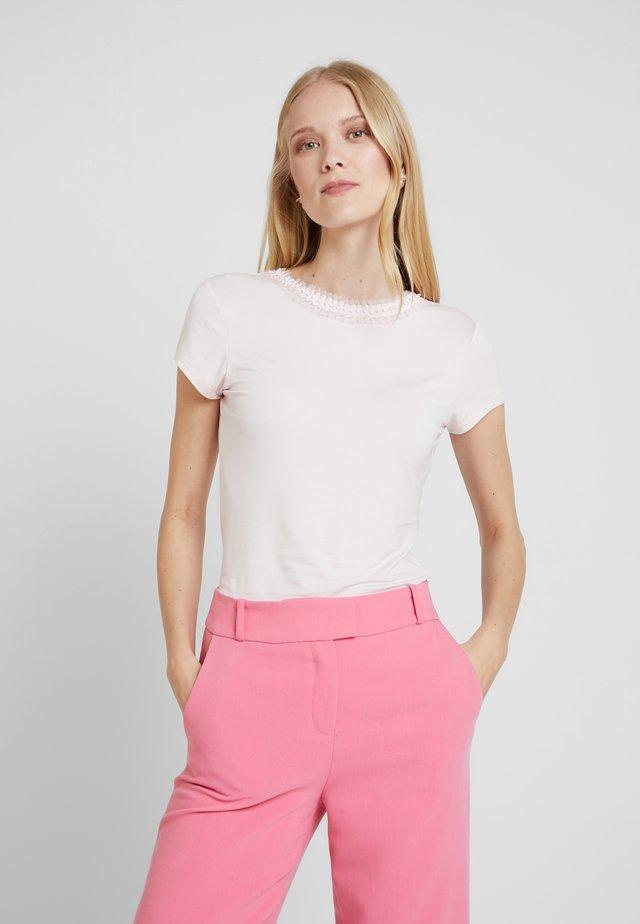 JACII - Print T-shirt - nude/pink