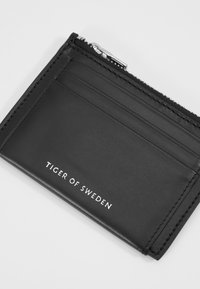 Tiger of Sweden - WELT - Business card holder - black - 2