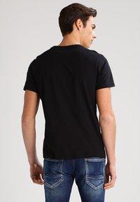 Lee - 2 PACK - Basic T-shirt - black/white - 3