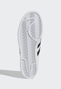 adidas Originals - ADIDAS ORIGINALS ADIDAS X LEGO - SUPERSTAR 360 - Baskets basses - white - 5