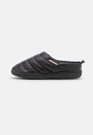 Domácí obuv - schwarz