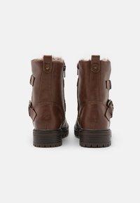 Dorothy Perkins - ARUBABUCKLE BOOT - Kovbojské/motorkářské boty - brown - 3