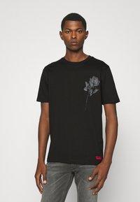 HUGO - DRINCE - Print T-shirt - black - 0