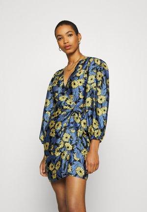 MAGNOLIA SHORT DRESS - Day dress - marguerite