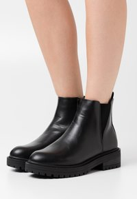 New Look - BOPIT CHELSEA CHUNKY - Ankle boots - black - 0