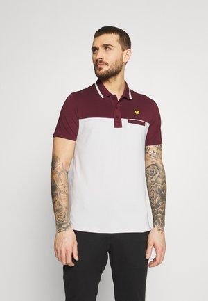 KIELDER - Polo shirt - pebble