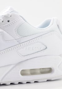 Nike Sportswear - AIR MAX 90 - Sneakers laag - white - 5