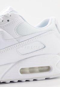 Nike Sportswear - AIR MAX 90 - Matalavartiset tennarit - white - 5