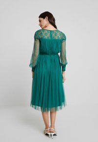 Anaya with love Maternity - LACE YOKE WITH LONG SLEEVES - Vestido de cóctel - emerald green - 3