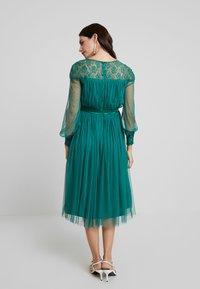 Anaya with love Maternity - LACE YOKE WITH LONG SLEEVES - Sukienka koktajlowa - emerald green - 3
