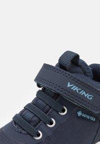 Viking - SPECTRUM MID GTX - Hiking shoes - navy - 5