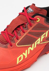 Dynafit - ALPINE - Trail hardloopschoenen - red dhaila/dawn - 5