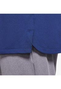 Nike Golf - VAPOR  - Polotričko - blue void/white/blue void - 4