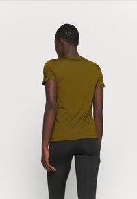 Nike Performance - ALL OVER - T-shirt basic - olive flak/black - 2