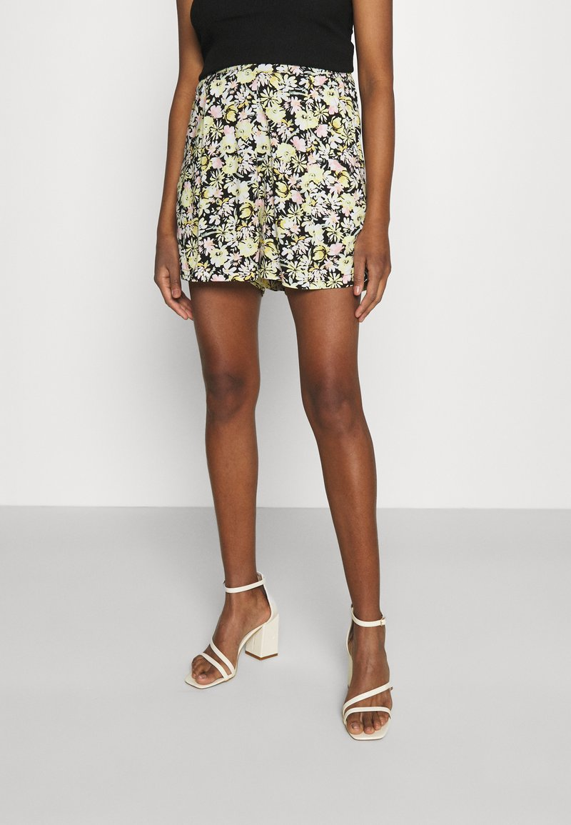 Gina Tricot - EXCLUSIVE AYDEN - Shorts - black/multicoloured