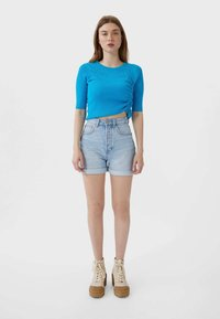 Stradivarius - MOM-FIT - Denim shorts - dark blue - 1