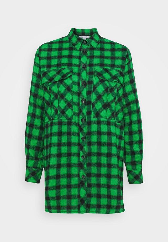 CAUSAL OVERSIZE CHECK - Skjorta - green