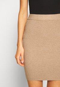 b.young - BYMALTO SHORT SKIRT - Mini skirt - golden sand - 6