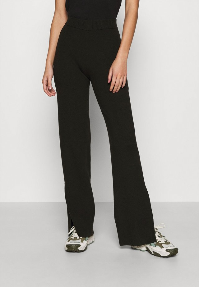 CAMEO TROUSERS - Stoffhose - black
