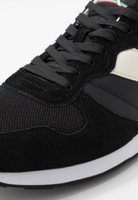 Diadora - UNISEX - Trainers - black /white - 5
