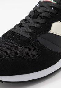 Diadora - Baskets basses - black /white - 5