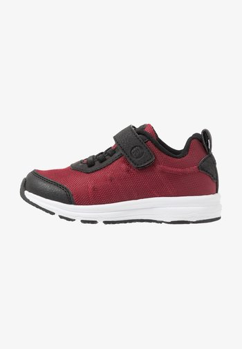 Hiking shoes - burgundy