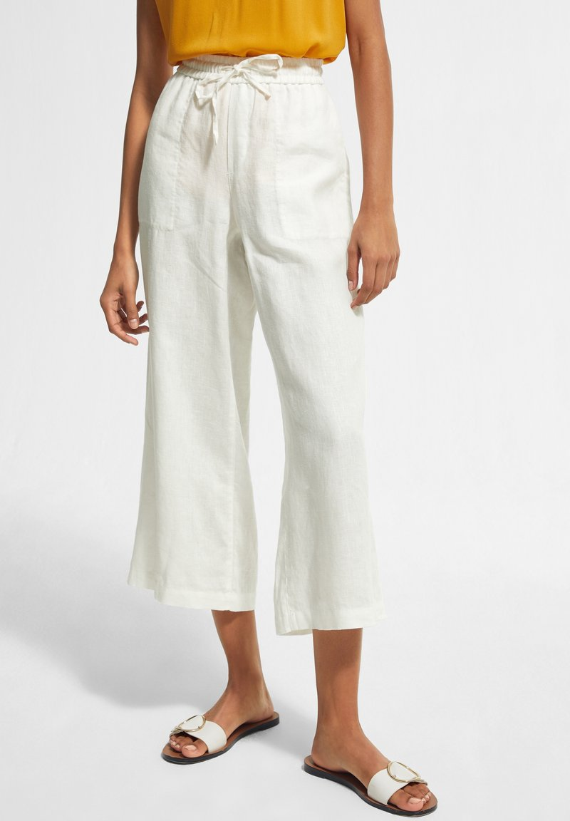 comma casual identity - Tracksuit bottoms - white