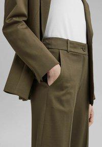 Esprit Collection - SOFT PUNTO - Broek - dark khaki - 3