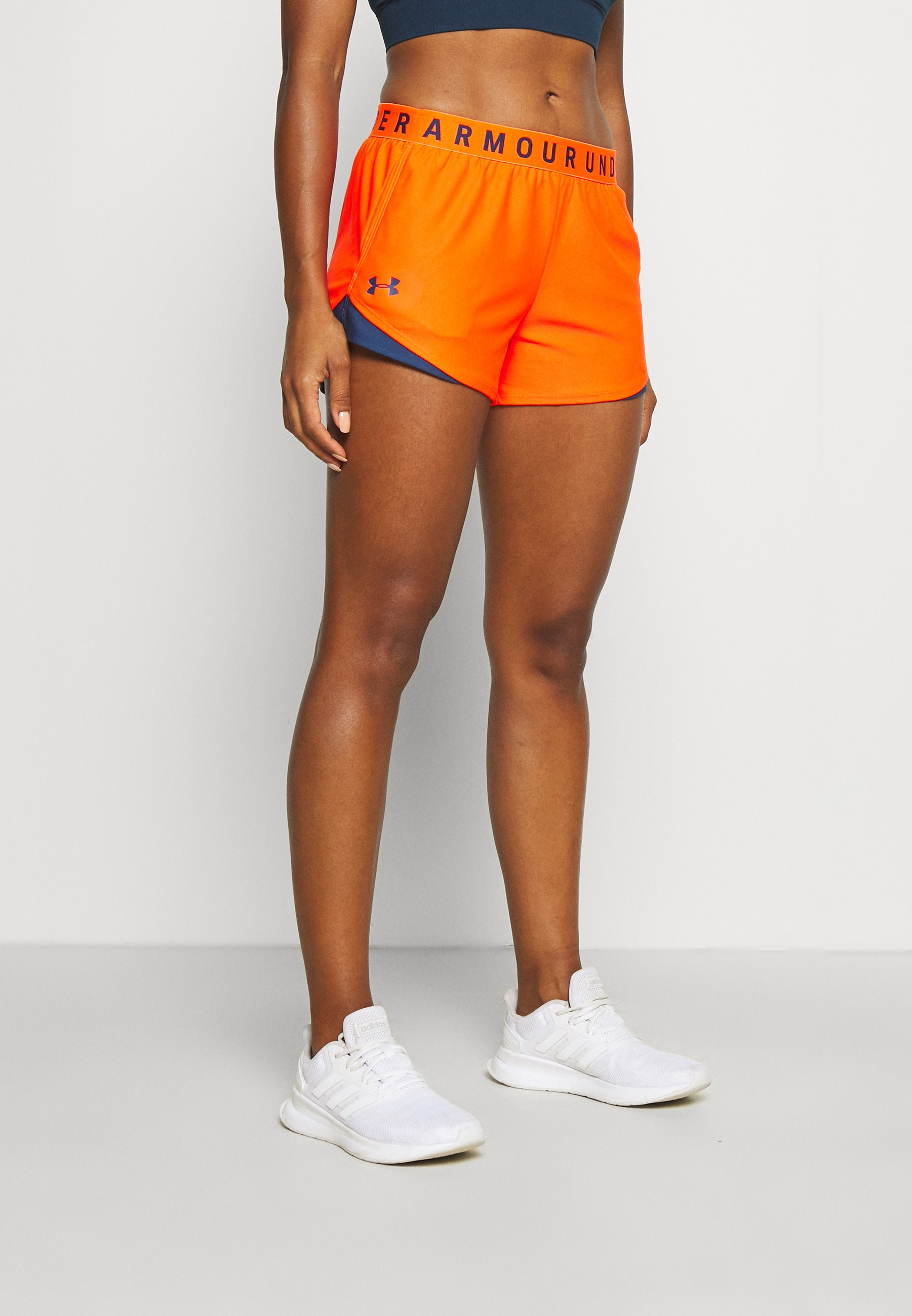Damen PLAY UP SHORTS 3.0 - kurze Sporthose