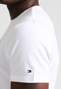 Tommy Hilfiger - Maglia del pigiama - white - 3
