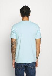 YAVI ARCHIE - ICICLE LOGO - T-shirt imprimé - blue - 2