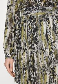 Vila - VIJEMO SKIRT - A-line skirt - birch/kallia - 4