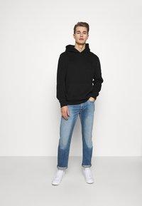 GAP - Sweatshirt - true black - 1