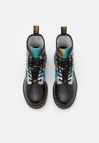 Dr. Martens - 1460 BASQUIAT - Lace-up ankle boots - black - 3