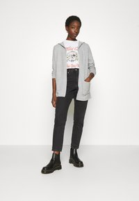 Vero Moda - VMDOFFY OPEN - Cardigan - light grey melange - 1