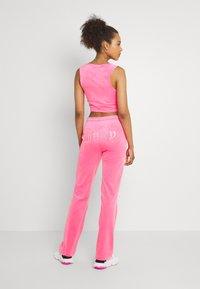 Juicy Couture - TINA TRACK  - Trainingsbroek - fluro pink - 2