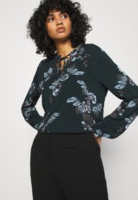 b.young - BYHENNA BLOUSE - Blouse - deep teal mix - 4