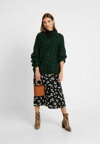 Vila - Pencil skirt - black - 1