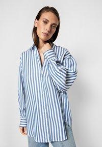 House of Dagmar - GINA - Button-down blouse - blue - 5