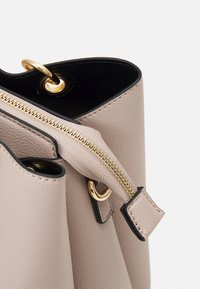 ALDO - SURGOINE - Handbag - taupe - 3